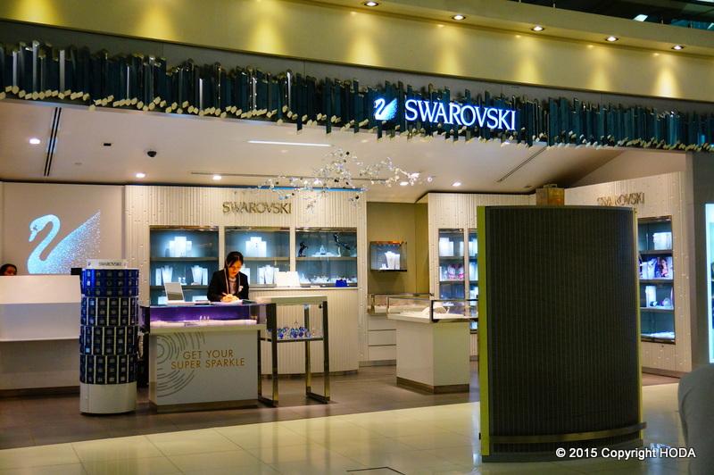 スワンナプーム国際空港 免税店 スワロフスキー