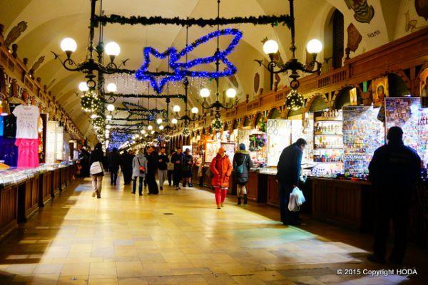 クリスマスマーケット 琥珀