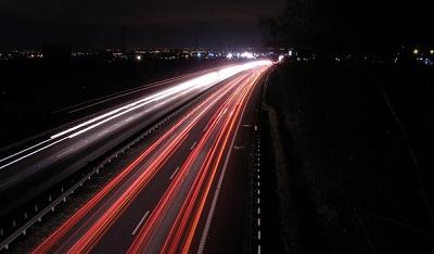 南北への長距離ルートは政府にとって優先事項 11月18日